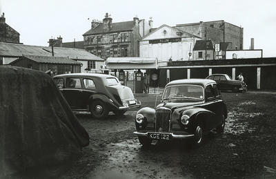 Keywords: Architectural and Planning Department, cinemas, garages, market gardeners, Maxwell Cinema, motor cars, Palladium Cinema, petrol pumps, Pollok Picture House, Wee Buggy