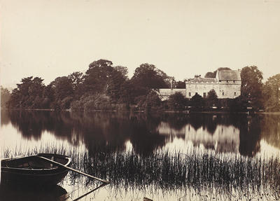 Keywords: Bardowie Castle, Bardowie House, Bardowie Loch, castles, country houses, lochs, mansions, rowing boats