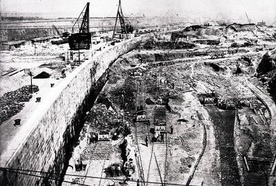 Construction of Queen's Dock