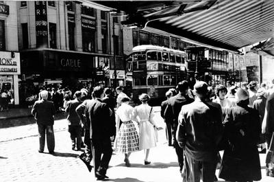 Theglasgowstory Shoppers In Argyle Street 1955